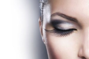 Achieving the Ultimate Girly Dream Thanks to Eyelash Extensions
