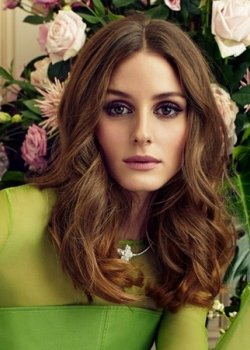 2014-center-parted-shoulder-length-wavy-hairstyle-for-women