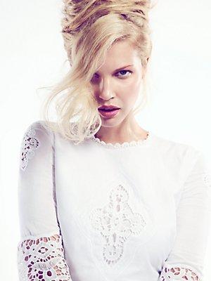 sexy-upstyle-blonde