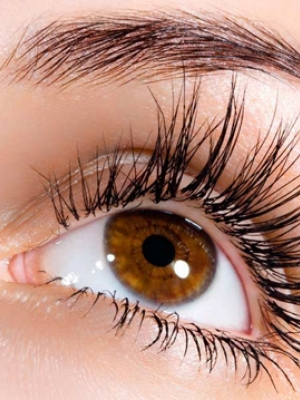 eyelashes-and-thicker-tinting-salonpsd