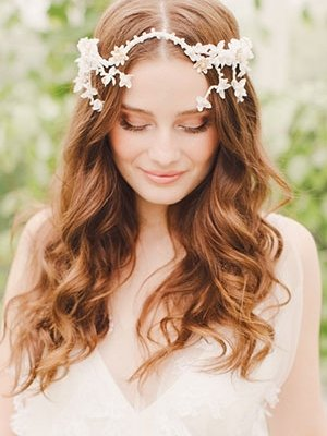 long-curly-wedding-hair