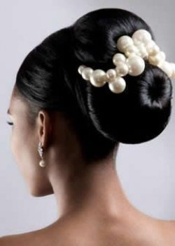 bridal-hair-up-for-black-woman