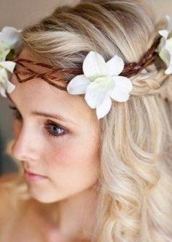 wedding-bridal-hair-long-salon-blonde